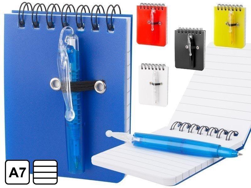Notitieboek met plastic cover en balpen