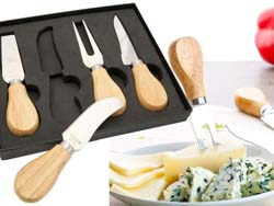 Vier soorten rvs messen met houten handvat